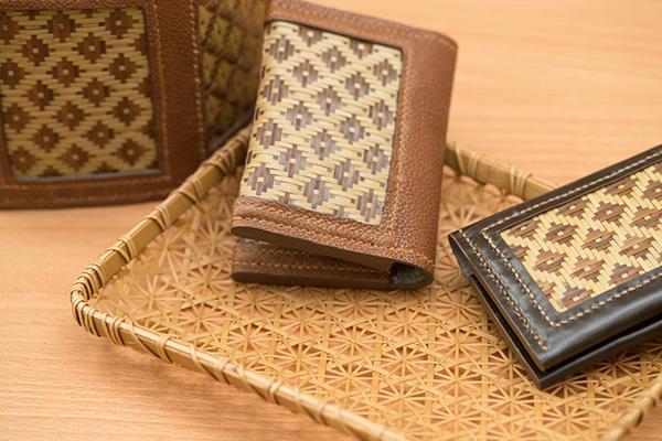 竹與皮革的異材質結合近來也大受好評