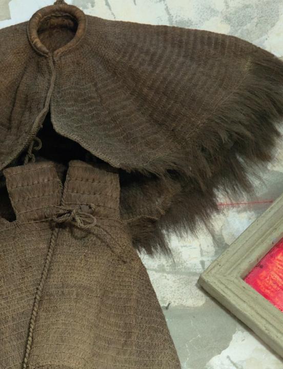 蓑衣原為常見農具,現已罕見