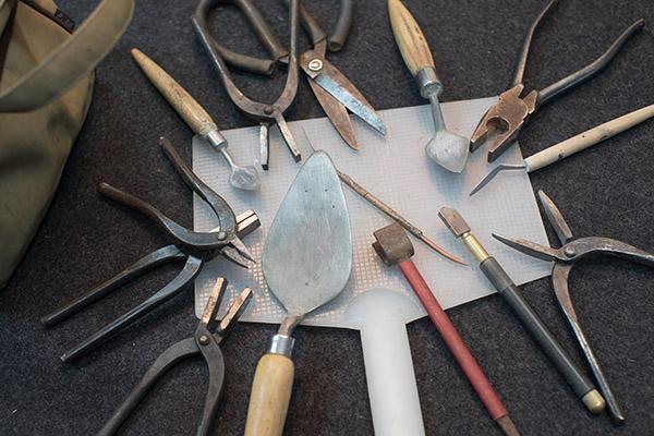跟著徐明河一輩子的剪黏工具